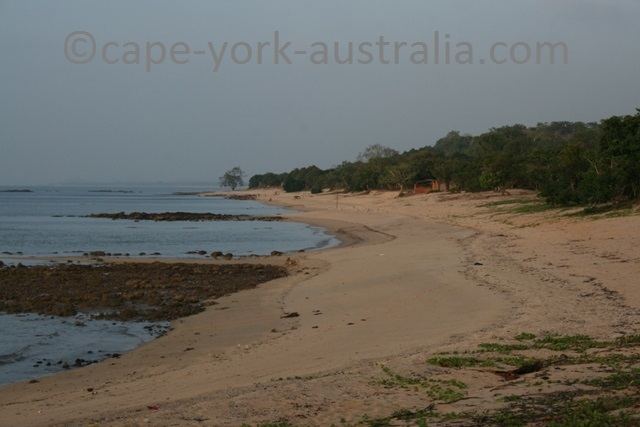 injinoo beach