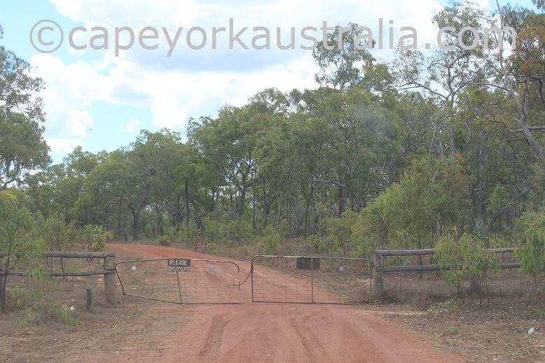 kendall river road gates