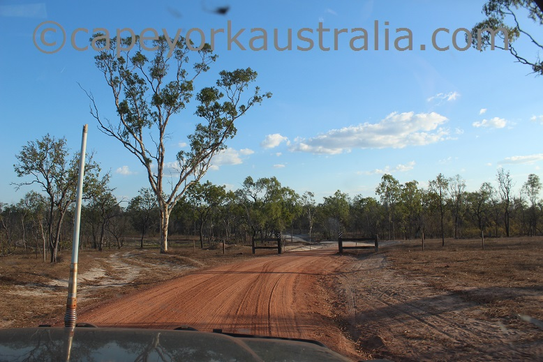 kimba to gamboola road gates