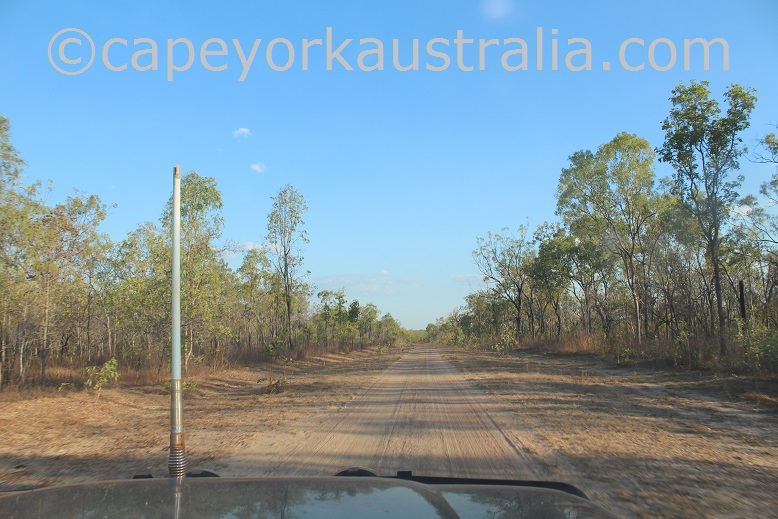 kimba to gamboola road through king junction