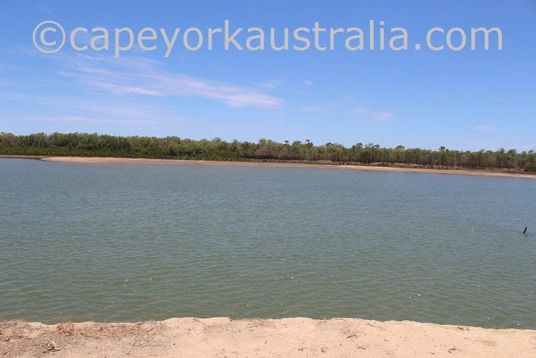 kowanyama landing riverbank spots