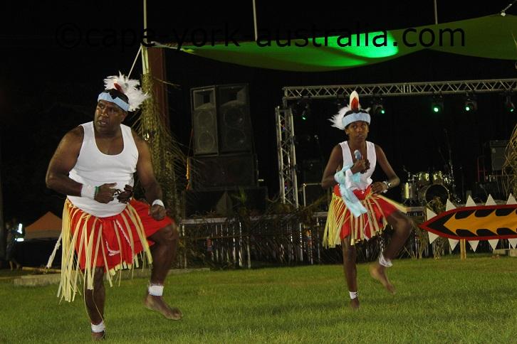 maibuiag island dancers