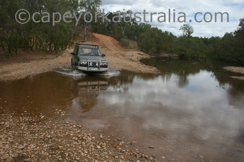 maytown to palmerville road creek crossing