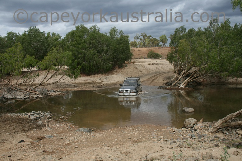 maytown to palmerville road river crossing