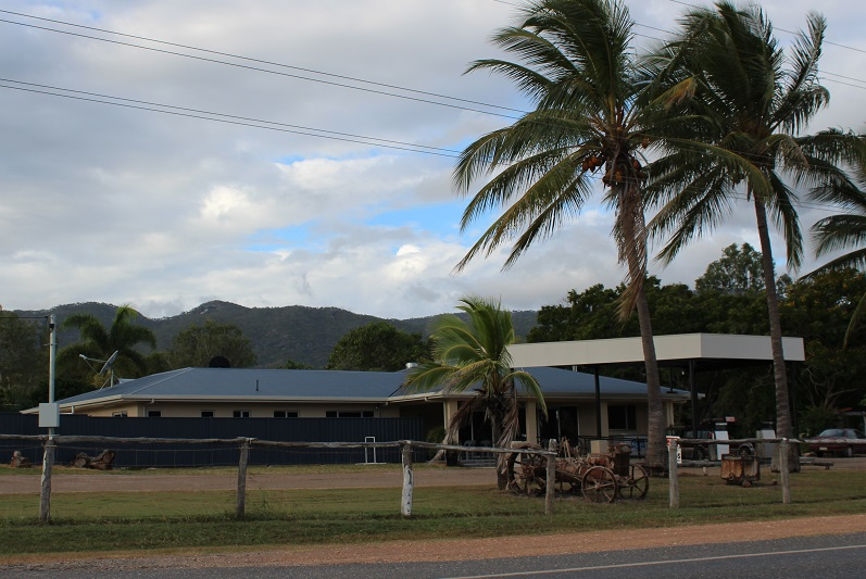 mt carbine roadhouse 2015