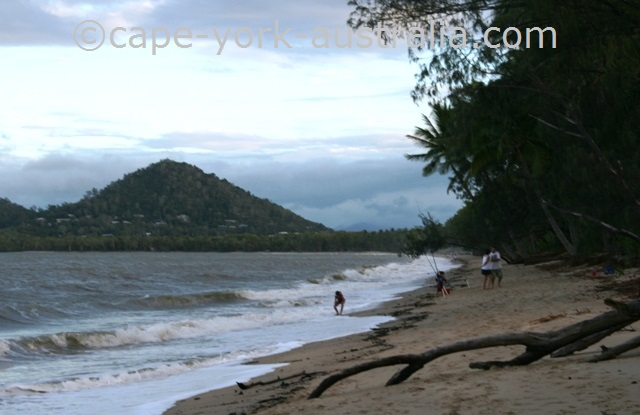 palm cove to kewarra beach