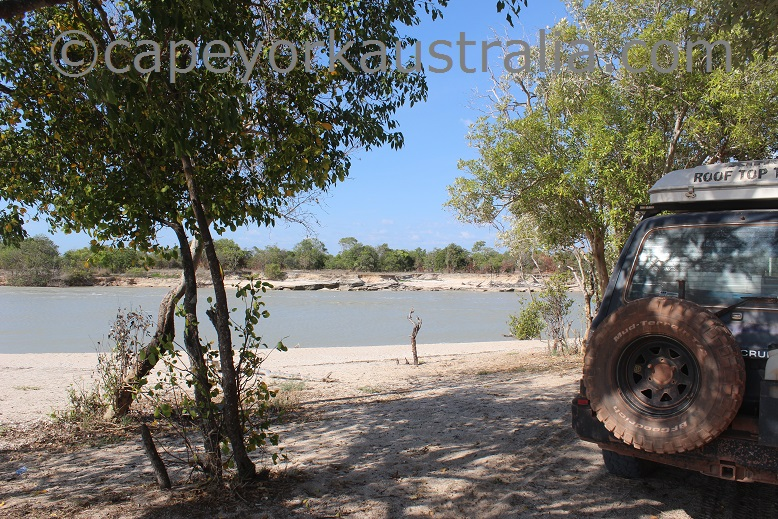 pormpuraaw chapman river camping