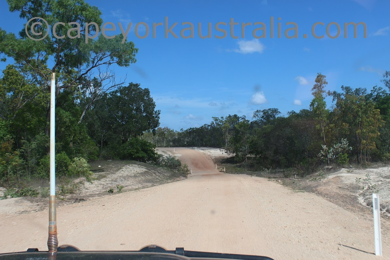 pormpuraaw road creek