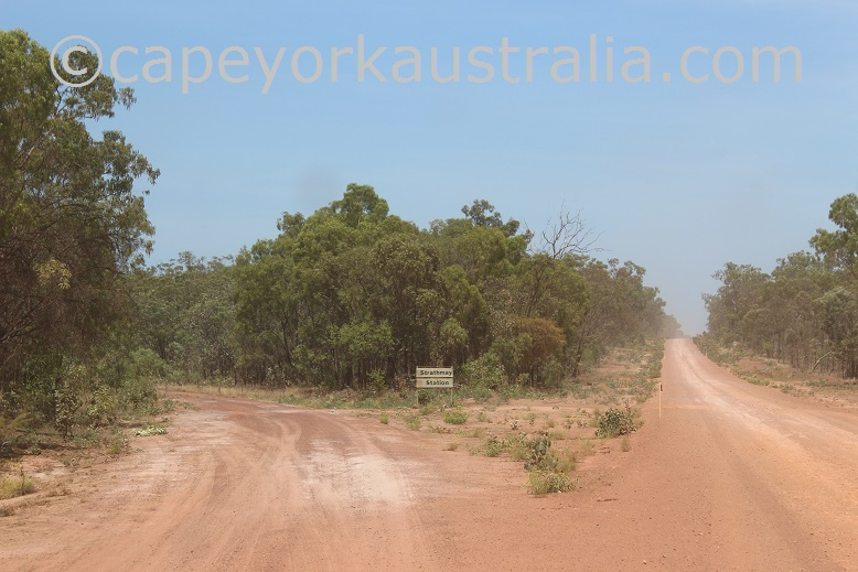 pormpuraaw road strathmay