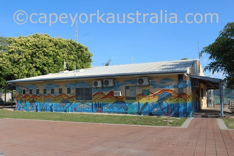 pormpuraaw supermarket
