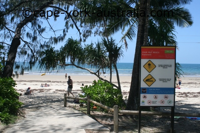 port douglas beaches