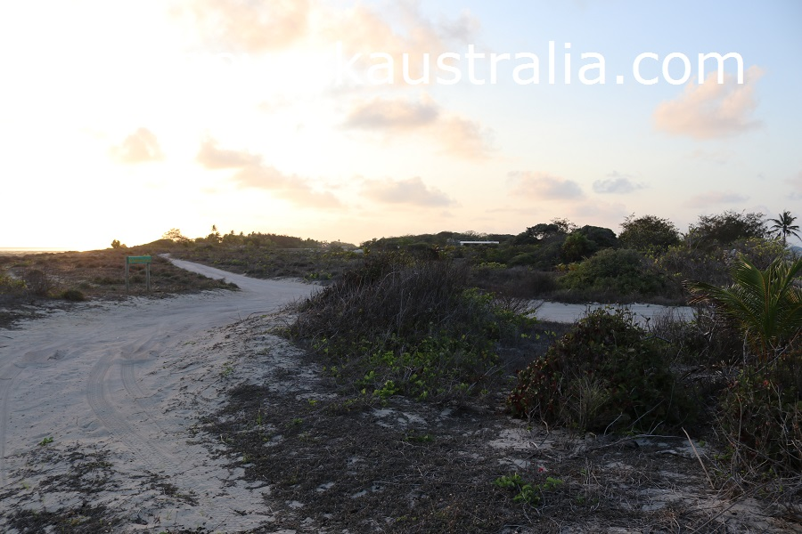 poruma island east point tracks