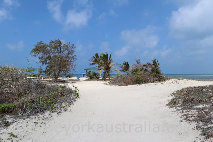poruma island east tracks