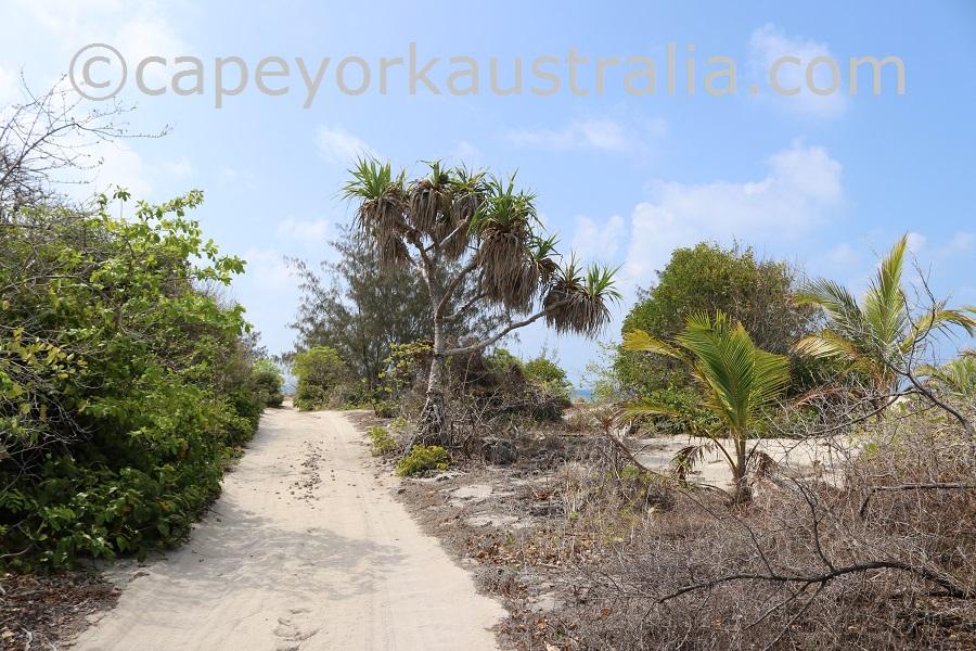 poruma island north track