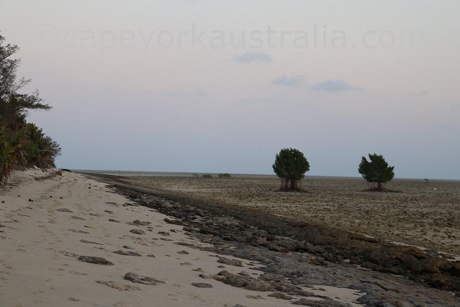 poruma island south beach evening