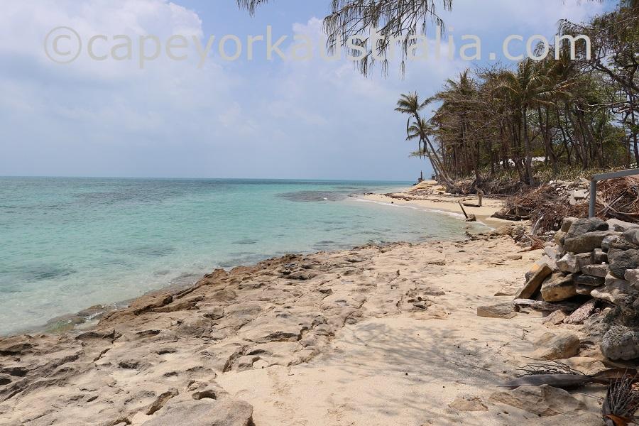 poruma island southern beach
