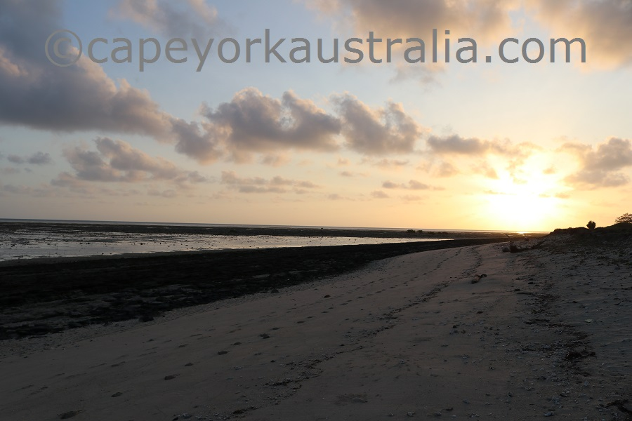 poruma island sunset beach walk