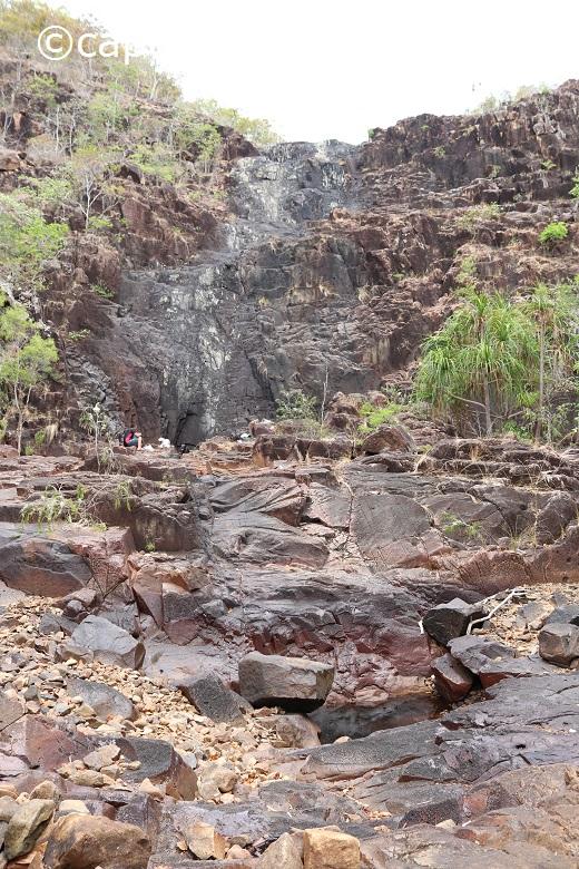 pow rock walk