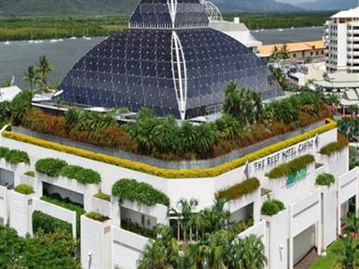 pullman reef hotel cairns