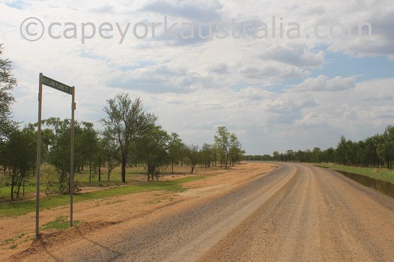 road to kowanyama ruthland plains