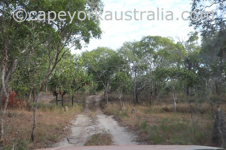 roma flats crocodile creek track hill