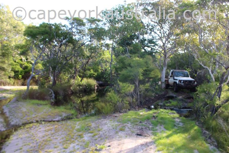 roma flats track second creek crossing