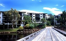 sanctuary apartments palm cove