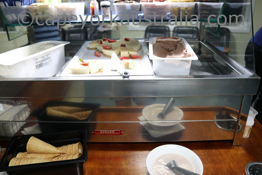 seaswift buffet dessert
