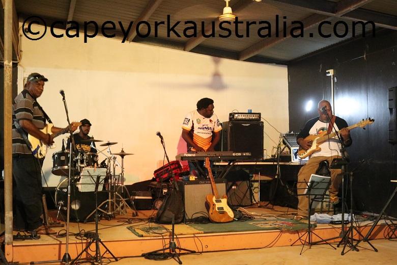 seisia fishing club live music