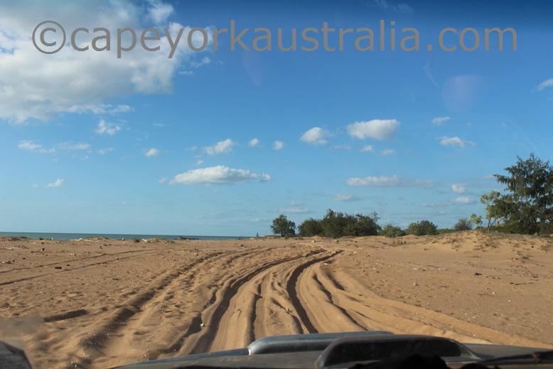 skardon river beach drive