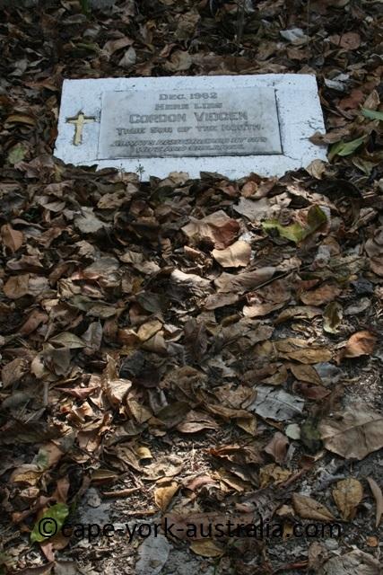 somerset vidgen grave