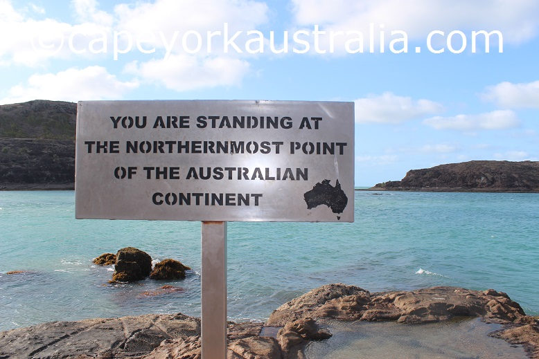 tip of australia sign