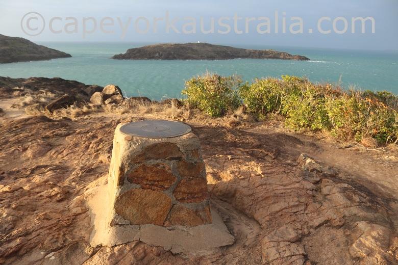 tip of australia top walk distance marker