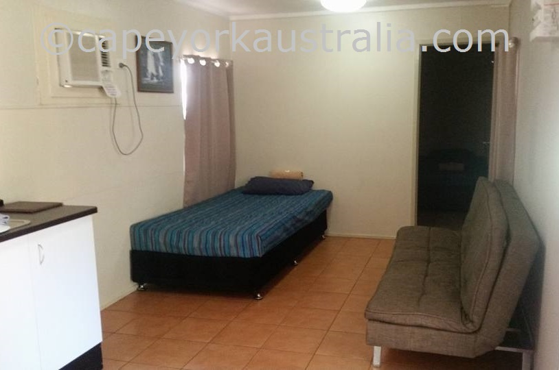 weipa camping ground ensuite donga room