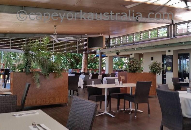 weipa hotel verandah restaurant