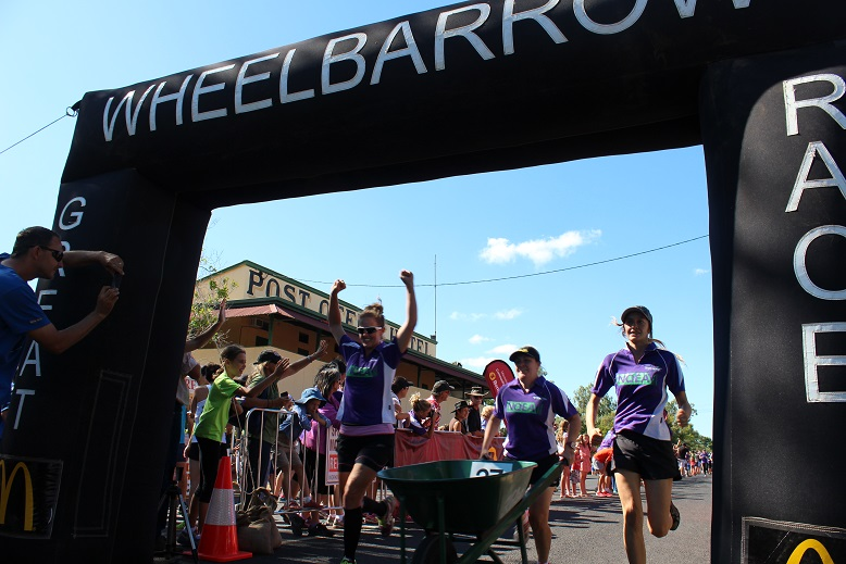 wheelbarrow race chillagoe