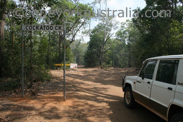 cockatoo creek sign