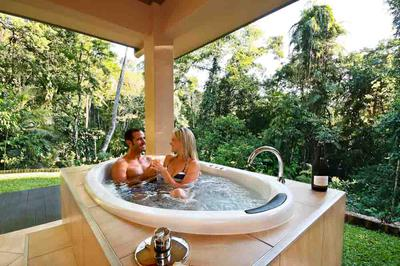 Outdoor Luxury Spa